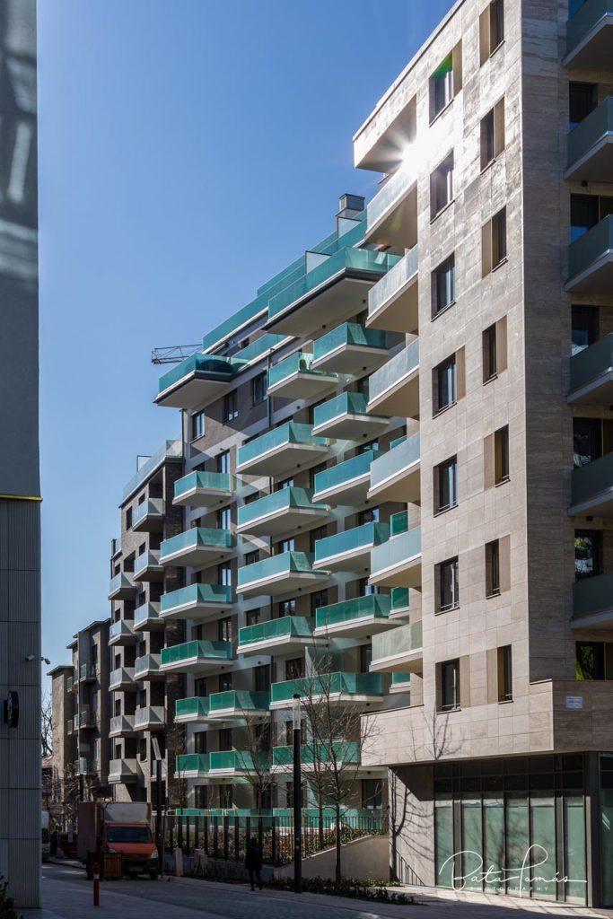 Grand Corvin by Cordia épületének részlete